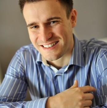lekarz dentysta Tomasz Olek